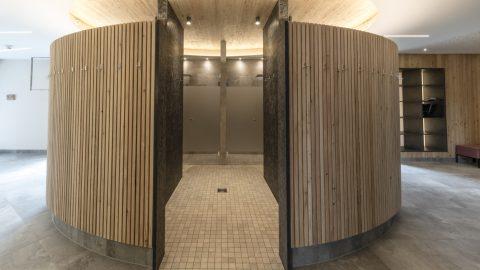 holzleiten saunahaus duschen